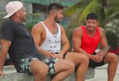 Casal gringo fodido por macho carioca